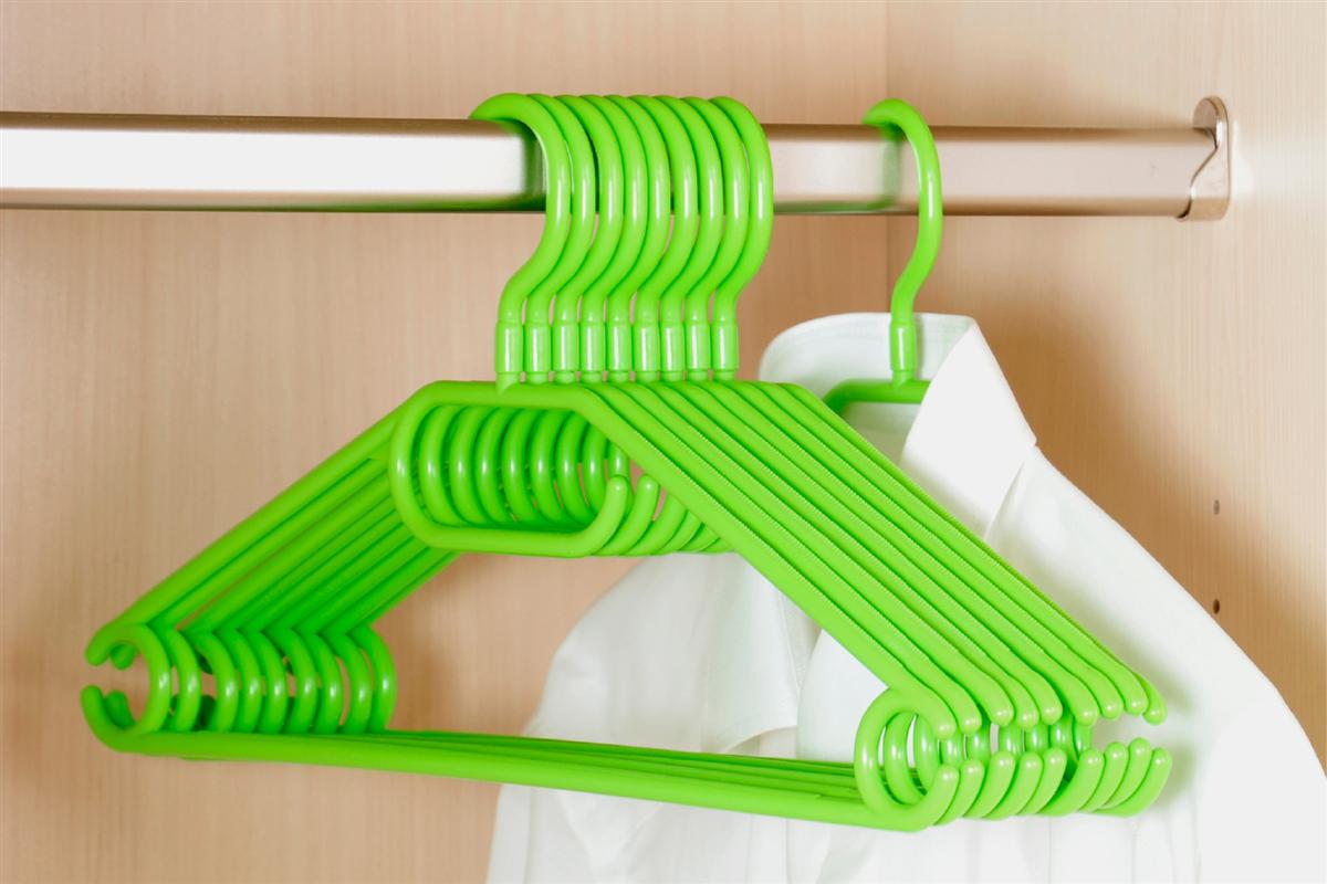 10er pack kleiderb gel aus kunststoff gr n breite 40cm kesper ebay. Black Bedroom Furniture Sets. Home Design Ideas