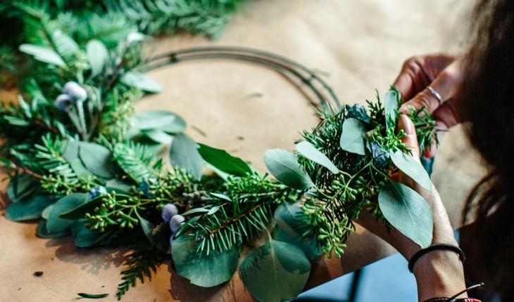 CREAFLOR HOME - floristische Türkränze, Vasen, Schleifen und Dekozubehör